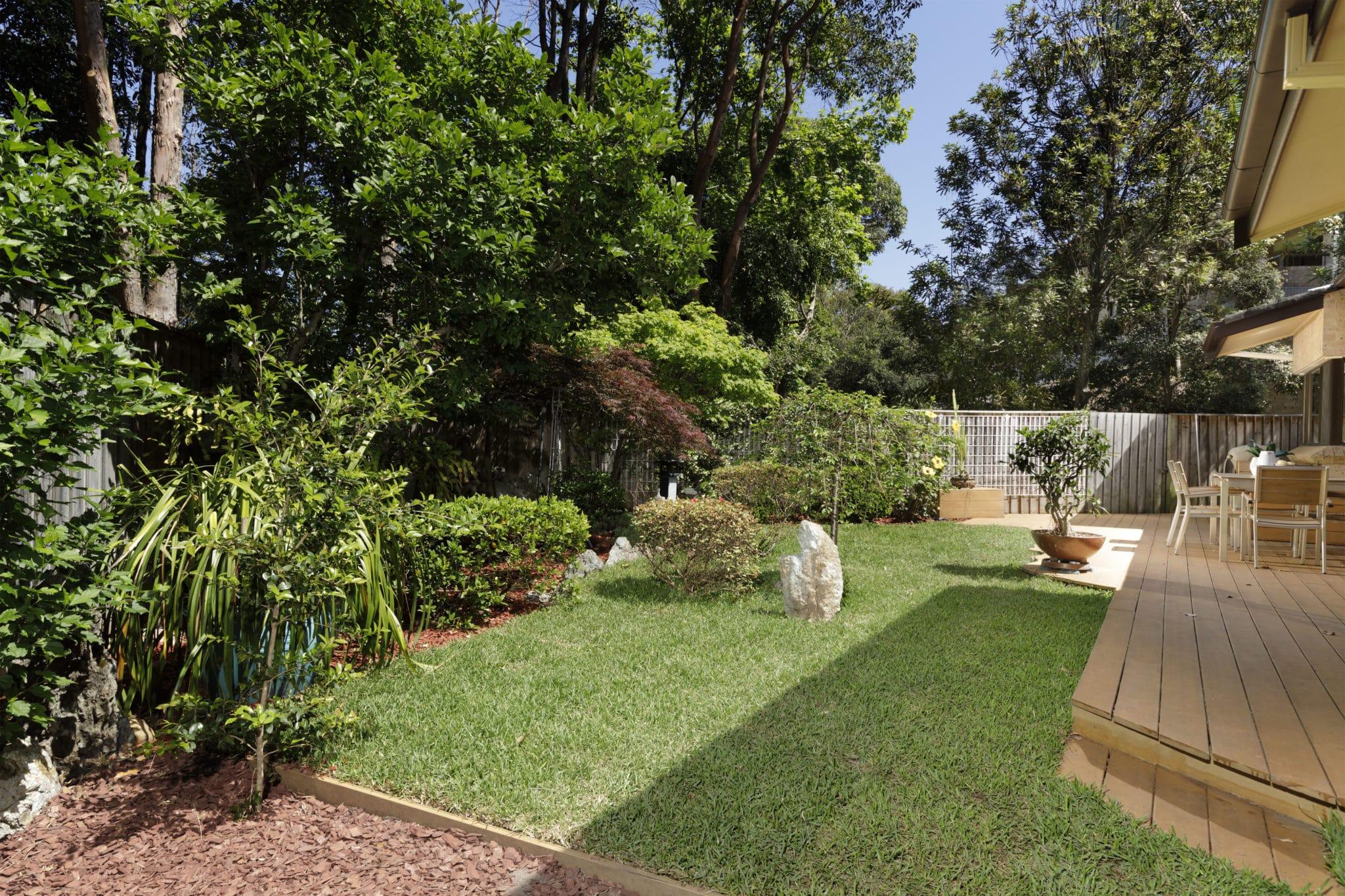 garden maintenance botany