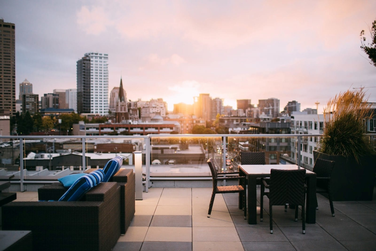 rooftop dining garden design